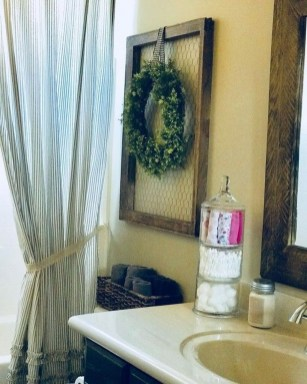 Gorgeous Rustic Farmhouse Bathroom Decor Ideas 16