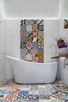 Lovely Eclectic Bathroom Ideas 15