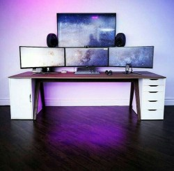 Unique Gaming Desk Computer Setup Ideas 05