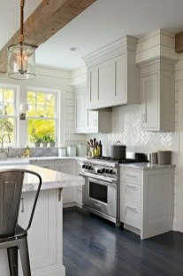 Cute Farmhouse Kitchen Backsplash Ideas 38