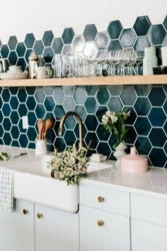 Cute Farmhouse Kitchen Backsplash Ideas 44
