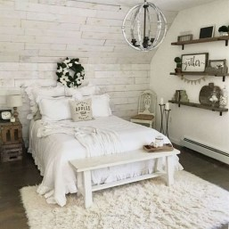 Inspiring Modern Farmhouse Bedroom Decor Ideas 37