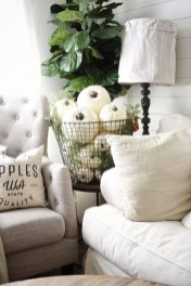 Lovely White Fall Decor Ideas For Interior Design 11