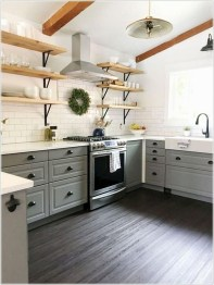 Stunning Farmhouse Kitchen Color Ideas 10