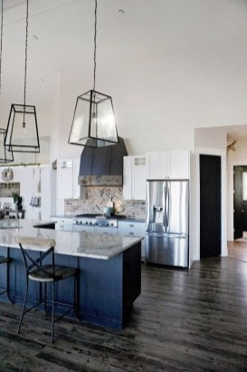 Unique Farmhouse Lighting Kitchen Ideas 52