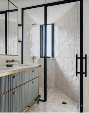 Adorable Contemporary Bathroom Ideas To Inspire 44