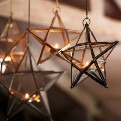 Exciting Christmas Lanterns For Indoors And Outdoors Ideas 14