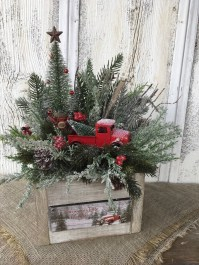 Inspiring Christmas Centerpiece Ideas 01