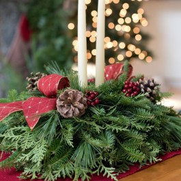 Inspiring Christmas Centerpiece Ideas 02