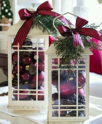 Inspiring Christmas Centerpiece Ideas 16