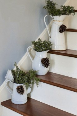 Inspiring Christmas Centerpiece Ideas 44