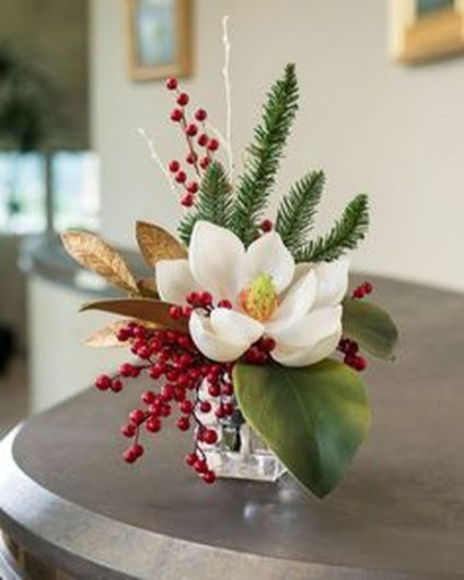 Inspiring Christmas Centerpiece Ideas 53