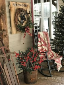 Magnificient Rustic Christmas Decorations And Wreaths Ideas 35