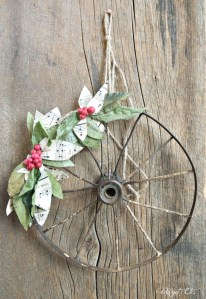 Magnificient Rustic Christmas Decorations And Wreaths Ideas 44