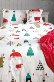 Stunning Christmas Bedroom Decor Ideas 05