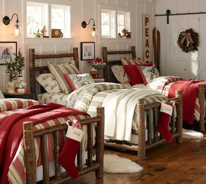 Stunning Christmas Bedroom Decor Ideas 16