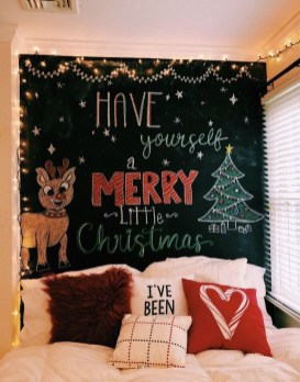 Stunning Christmas Bedroom Decor Ideas 25