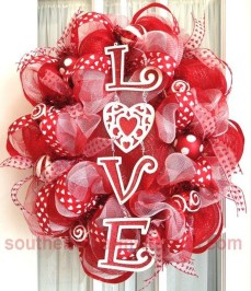 Comfy Valentine Decor Ideas For This Year 11