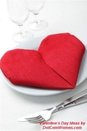 Cute Table Setting Ideas For Valentines Day 07
