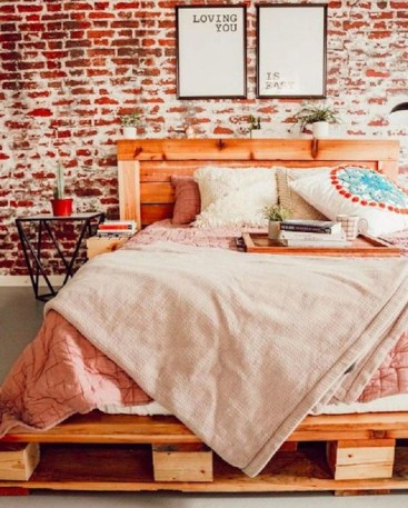 Wonderful Ezposed Brick Walls Bedroom Design Ideas 06