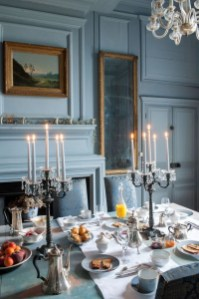 Amazing French Country Dining Room Table Decor Ideas 19