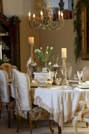 Amazing French Country Dining Room Table Decor Ideas 38