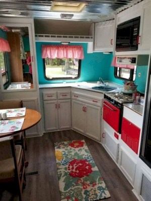 Amazing Travel Trailers Remodel Rv Living Ideas 14