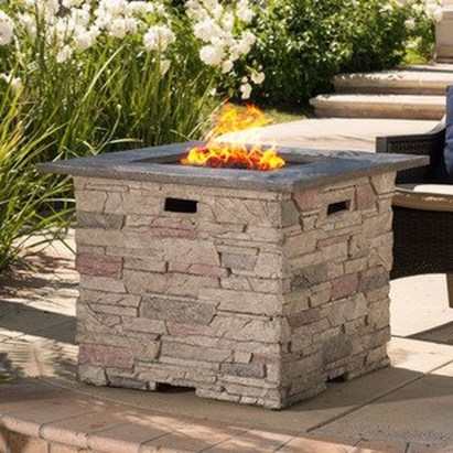 Wonderful Outdoor Fireplace Design Ideas 32