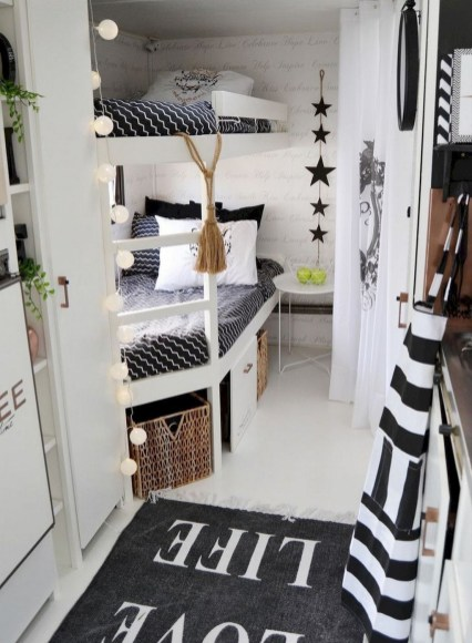 Wonderful Rv Camper Van Interior Decorating Ideas 13