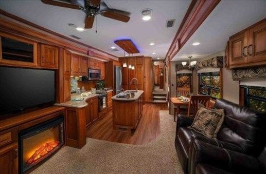 Wonderful Rv Camper Van Interior Decorating Ideas 19