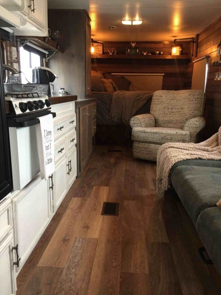 Wonderful Rv Camper Van Interior Decorating Ideas 22