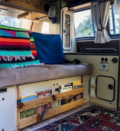 Wonderful Rv Camper Van Interior Decorating Ideas 47