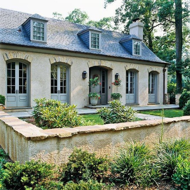 Awesome French Country Exterior Design Ideas For Home 09