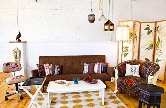 Charming Living Room Designs Ideas With Combinations Of Brown Color 17