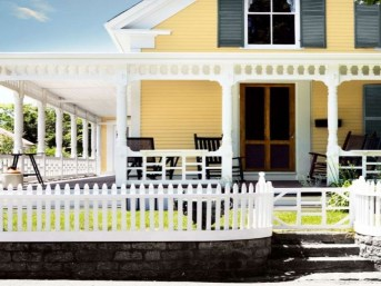 Flawless Exterior House Paint Ideas With Yellow Colors 02