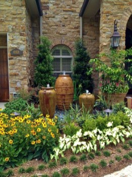 Stunning Front Yard Courtyard Landscaping Ideas 29