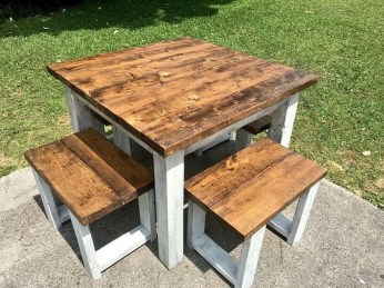 Adorable Farmhouse Tables Ideas For House 48