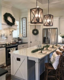 Attractive Kitchen Decorating Ideas With Farmhouse Style 21