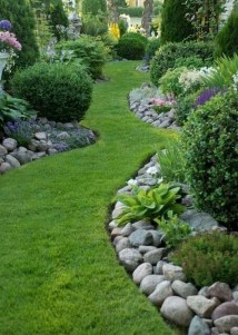 Brilliant Rock Garden Landscaping Ideas For Front Yard 27