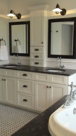 Gorgeous Small Bathroom Remodel Ideas On A Budget 24