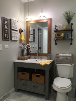Gorgeous Small Bathroom Remodel Ideas On A Budget 47