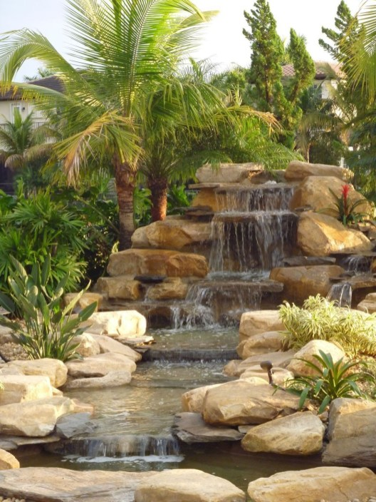 Modern Diy Garden Pond Waterfall Ideas For Backyard 33