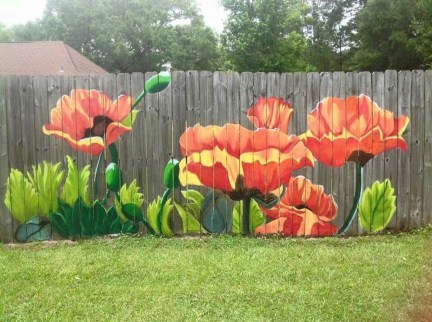 Cool Garden Fence Decoration Ideas To Try This Year 33