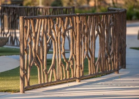 Cool Garden Fence Decoration Ideas To Try This Year 38