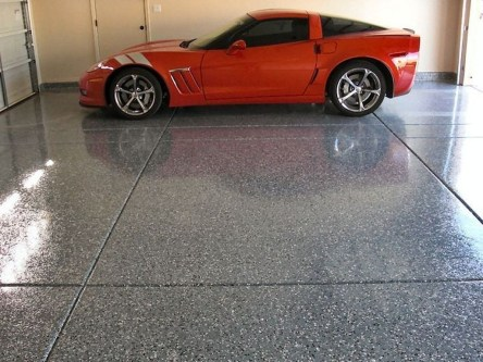 Pretty Garage Floor Design Ideas That You Can Try In Your Home 10