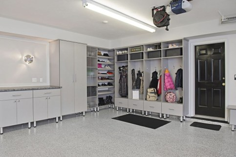 Pretty Garage Floor Design Ideas That You Can Try In Your Home 38