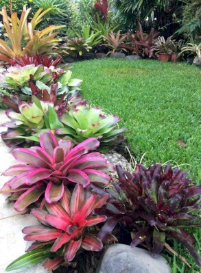 Cozy Rock Garden Landscaping Ideas For Make Your Yard Beautiful 15