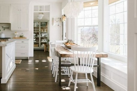 Relaxing Bay Window Design Ideas That Makes You Enjoy The View 33