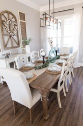 Relaxing Farmhouse Dining Room Design Ideas To Try 31