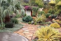 Awesome Succulent Garden Ideas In Your Backyard 46